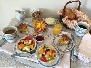 ABH_Parlor_Breakfast_Tray_2